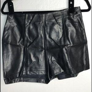 Sparkle & Fade faux leather shorts 8